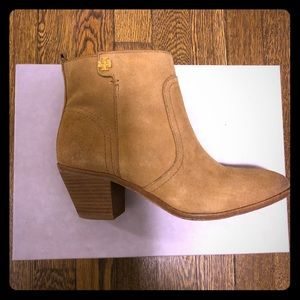 Tory Burch suede Bootie 6M